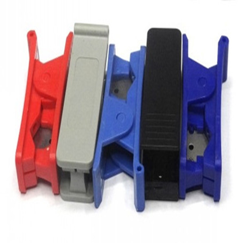 tubing cutter for plastic tubing